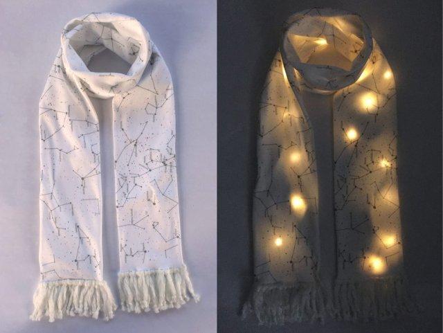 イルミネーションよりも私が輝く!!! LEDが仕込まれたスカーフを巻いて夜の街に出かけよう〜!