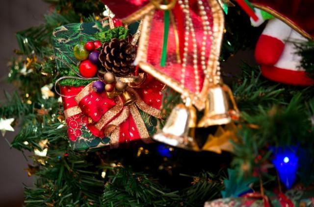 【黒歴史】恋人からのクリスマスプレゼントがコレですと!? 「万能ダレ」「カイロ」「彼氏の母親が選んだマフラー」など苦笑いが止まらないっ