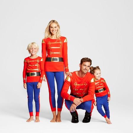 やっぱり家族全員お揃いがイイよね! クリスマスシーズンに着てみたい海外のファミリーパジャマ5選