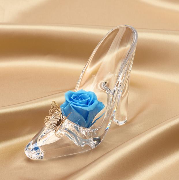 【ロマンチック】ガラスの靴モチーフの電報「シンデレラハイヒール」に乙女心くすぐられるう! 誰かに贈りたくなる可愛さなのです♪