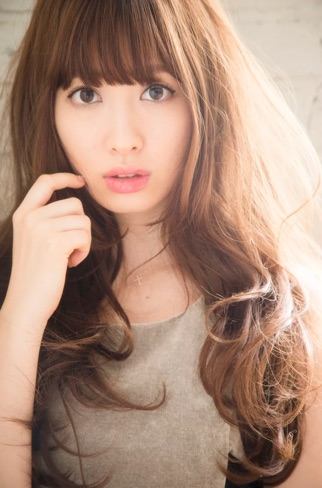 AKB48こじはるの私物がフリマアプリに登場…だと!?→「メルカリ」のプレゼント企画でした