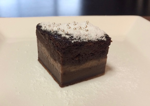 【バレンタイン簡単レシピ】炊飯器で作る3層構造のガトーマジックケーキはいかが? ふわふわ、モチモチ、とろとろの3つの食感が味わえるよ♪