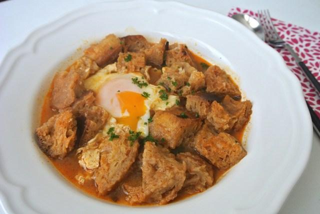 【超絶品&節約レシピ】スペインの名物ガーリックスープを作ってみよう! お金はかからないのにとってもおいしいのです!!