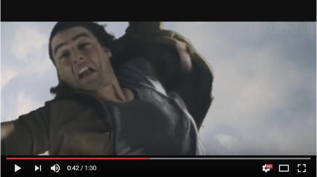 【誰か助けてやれよ】ビルから飛び降りたトム・クルーズが色々な映画の中を落ち続ける動画 / ハリーポッターもアベンジャーズもただ見てるだけ