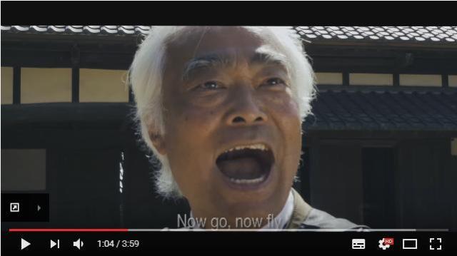 【第2のPPAPなるか】日本人ヨーデル歌手が歌う『鶏攻撃の術 Chicken Attack』がカオスに次ぐカオスで海外ネットユーザーに大人気!