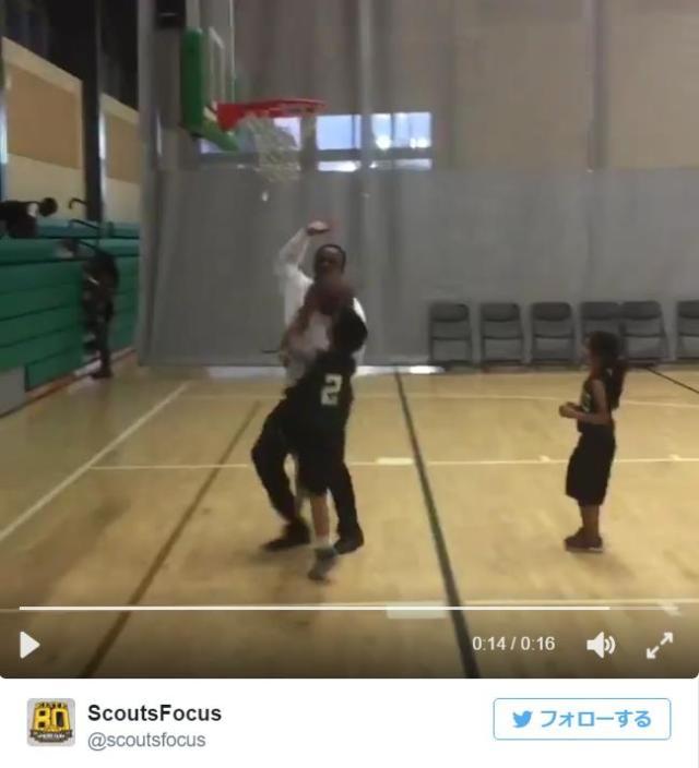 【まさかの結末】「違う! そっちやない!!!!」全力でオウンゴールしようとする少年に対しコーチがとった行動とは?