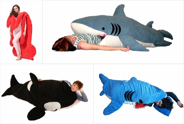 巨大イカのシュールさときたら…「食べられちゃう寝袋シリーズ」がついに日本上陸! ヴィレヴァン通販で購入できるよ