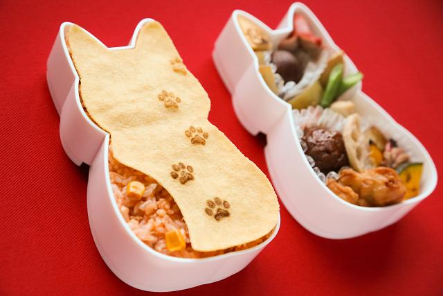 ニャンコ好きのためのお弁当が新登場だニャ! かわいいお弁当箱に入った「福ねこ弁当」は旅のおともにもぴったりです♪