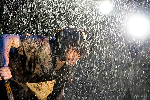 綾野剛の壊れっぷりに呼吸を忘れる…話題作『武曲 MUKOKU』で剣道の達人を怪演【最新シネマ批評】