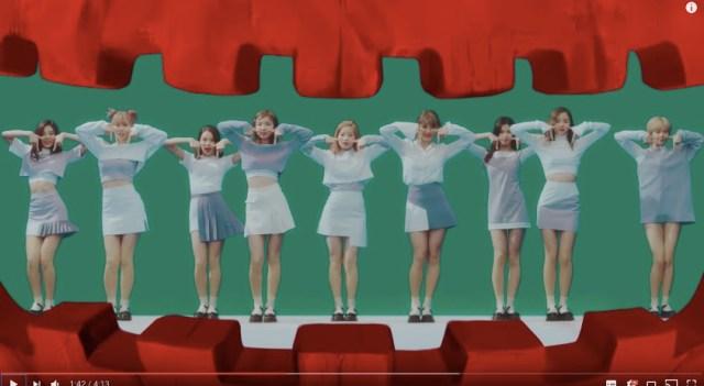 【注目】日・韓・台の多国籍アイドルグループ「TWICE(トゥワイス)」が満を持して日本デビュー☆ 振り付けを真似したTTポーズがセルフィーで流行中♪
