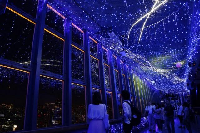 東京タワーの夏の風物詩「天の川イルミネーション」やってるよ! 天の川を挟んで織姫と彦星がキラキラと輝いてロマンチック♪
