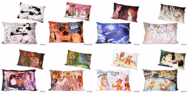 ディズニーの名シーンがそのまんま枕になった「シネマ枕カバー」が登場だよ♪ 夢で『ズートピア』や『ヴィランズ』に会えるかも!?