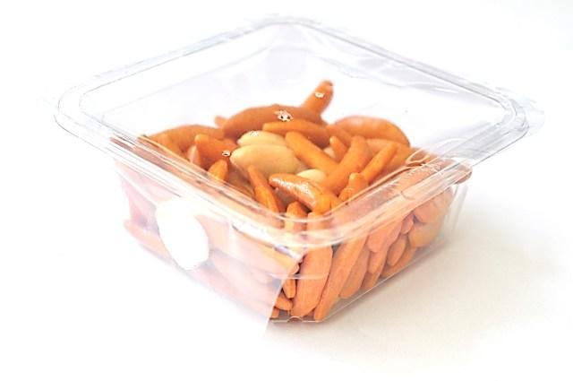「亀田の柿の種」が宇宙に飛び立つ日がやって来るかも / JAXAから宇宙で食べられるおやつとして認められたんだってー!