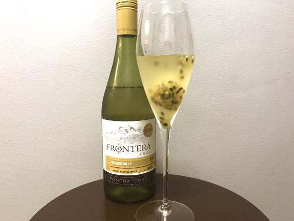 【安ワイン活用】凍ったフルーツを入れるだけでオシャレ感と美味しさがアップ★ パーティーにもおすすめだよ