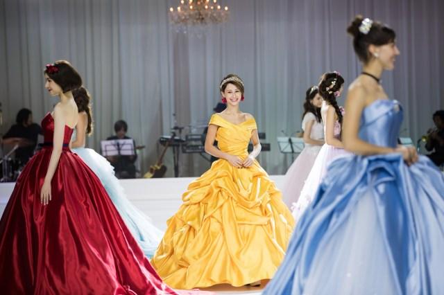 ディズニープリンセスのドレスを完全再現! ベルやシンデレラなど6種類のウエディングドレスが誕生したよ