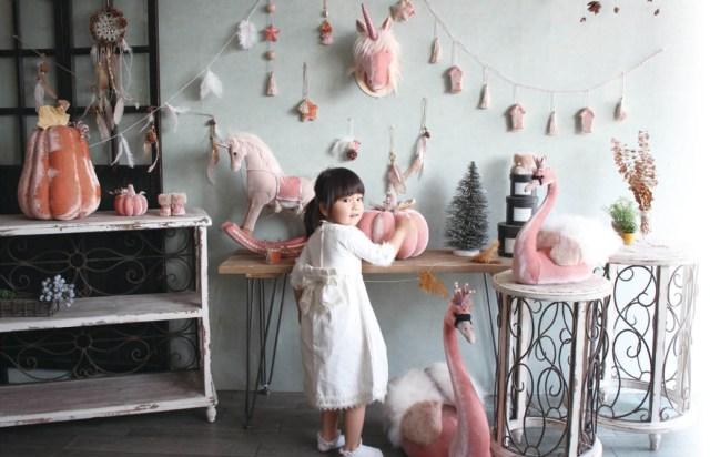 おとぎ話の世界に迷い込んだみたい! パステルピンクの白鳥やユニコーンがめちゃメルヘンな「MILK DREAM」のオブジェ&オーナメント