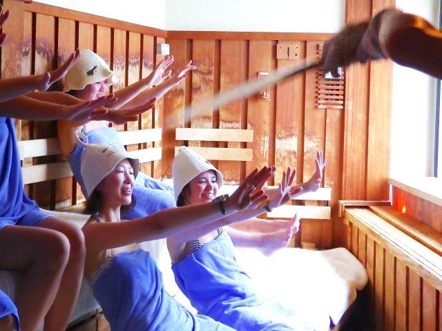 【ガチ体験記】サウナ食わず嫌いの女性達に気持ちいいサウナと水風呂の入り方を体験してもらった結果 → 「最初は死ぬけど蘇る!」