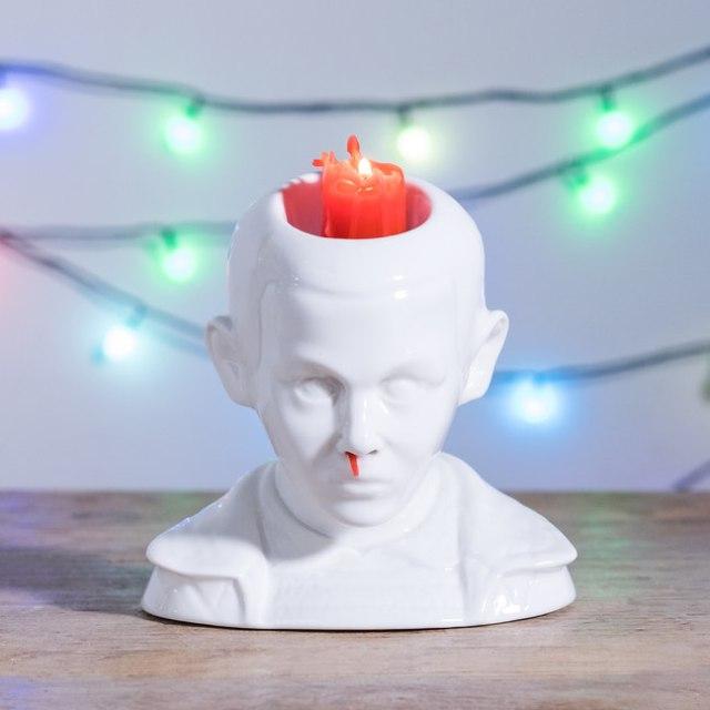【なぜ作った】キャンドルを灯すと「鼻血」が出てくる!? 世にも奇妙なキャンドルホルダー