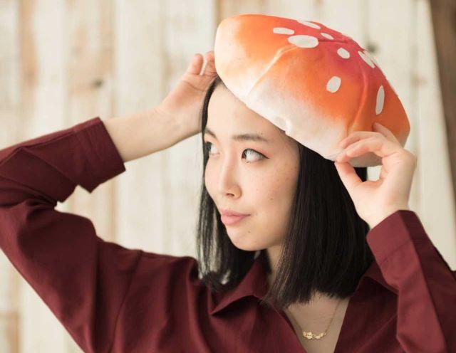 「食欲の秋」にも「ファッションの秋」にもベストマッチ!? 毒々しいけどかわいいベニテングダケのベレー帽が登場しました!