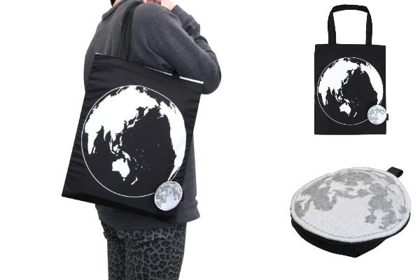 めちゃコスモがほとばしるっ! 月柄ポーチに収納する地球柄のエコバッグがステキ / 月と地球のサイズはほぼ実際の比率なのだそうです