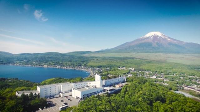 【朗報】富士山を見るために建てられたホテルが「富士山が見えなかったら無料宿泊券をプレゼント」企画やるってよ