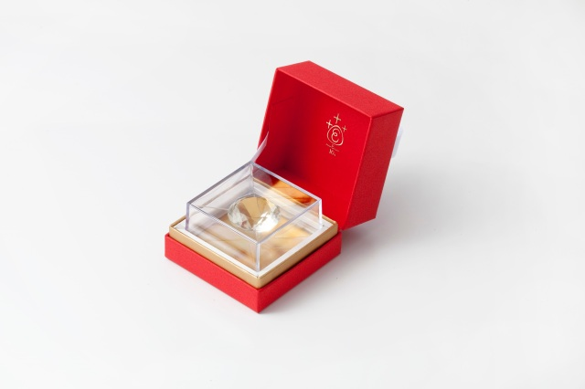 ダイヤモンドだねっ! あめやえいたろうから宝石みたいな飴がまたまた登場 / ブリリアントカットが美しい「クリスマスジュエル」