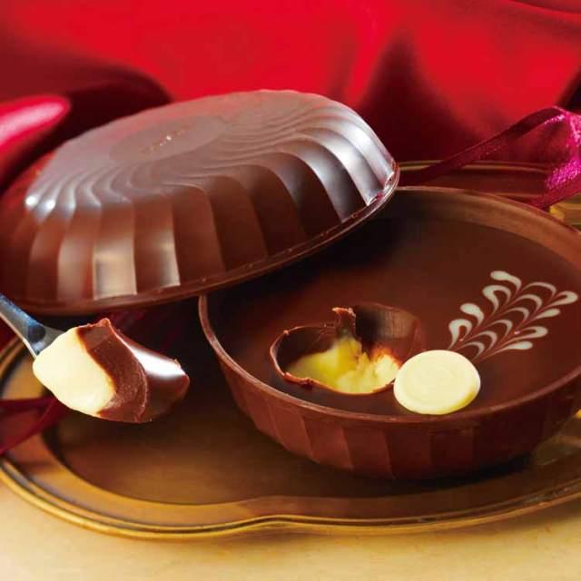 """ロイズの """"器まで食べられる生チョコ"""" がめちゃめちゃプレシャス! ワインが使用されている大人味です♡"""