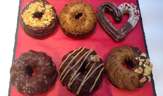 【全種試食】ミスド × トシ・ヨロイヅカがコラボした「ショコラコレクション」が美味すぎ注意報! イチオシは「シューショコラ オレンジ」