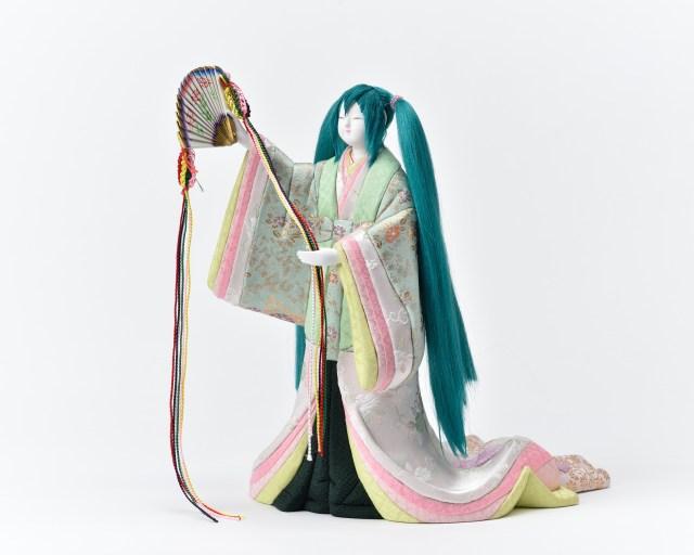 「多様化した今、 女雛のみの雛人形があっても良いのでは」伝統工芸の職人が作った「初音ミク」お雛様の意味が深かった