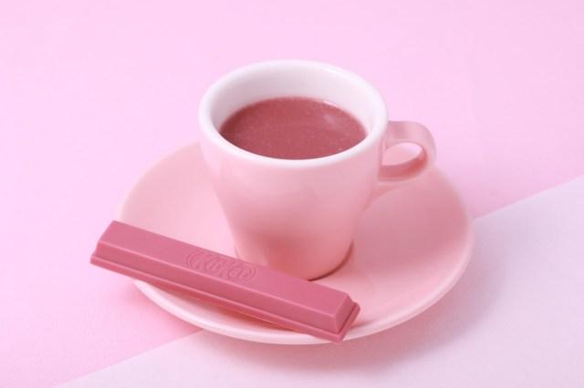 【チョコの新種】世界初「ルビーチョコ」で作ったピンクのホットチョコレートが銀座キットカット ショコラトリーで飲めるよぉぉ! フルーティな酸味が特徴なんだって♪