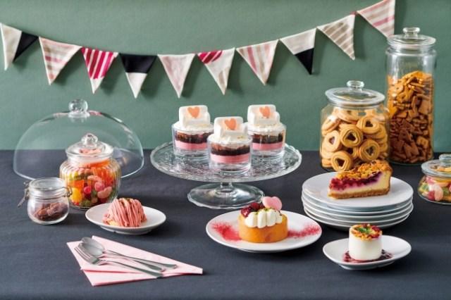 【本日から】イケアが「スイーツフェア」を開催! 「ソファ」をモチーフにしたパフェや、春色のキュートなお菓子がいっぱいです♪