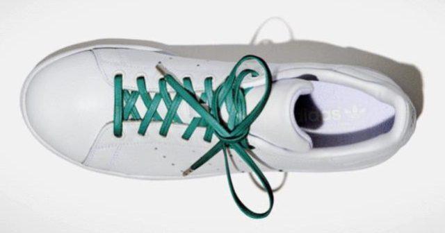【エコ】余った「レザーの切れ端」で作られたカラフルな靴ひもがオシャレ! 珍しい「平ひも型」だよ