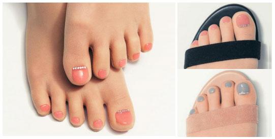 【乙女歓喜】素足にぺディキュアを塗っているみたいな「フェイクネイルストッキング」からジェルネイルバージョンが登場したよ〜!