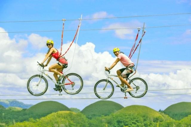 地上10mを「自転車で綱渡り」てヤバすぎる!! 51種類の遊びが楽しめる巨大アスレチック「エクストリーム アベンチャーズ 」が日本初上陸します