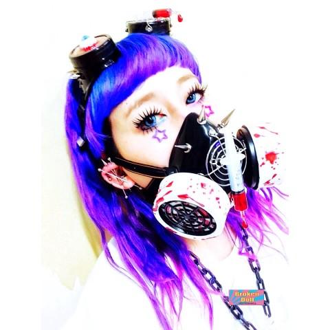 【マジか】「ガスマスク」がファッションアイテムに…! パステルカラーや蛍光色のポップなデザインもあります