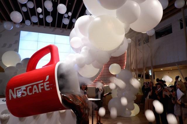 【ゴールデンウィーク】ふわっふわ泡づくしの「泡カフェ」が期間限定オープン / 1300円で一流シェフの泡料理と泡コーヒー6杯おかわりできます♪