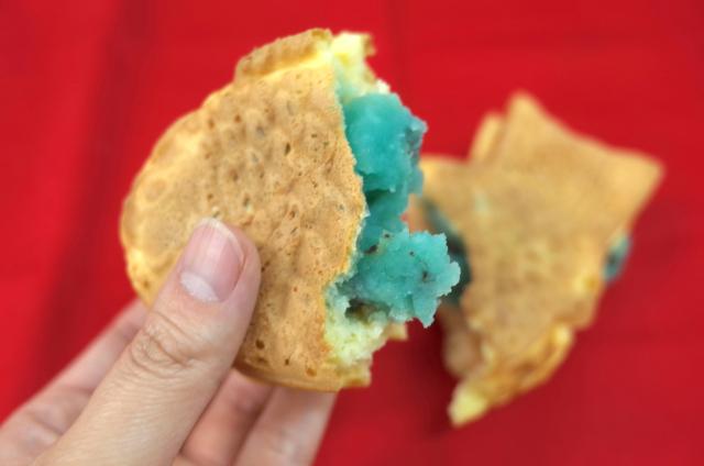 【期間限定】青いあんこの「チョコミントたい焼き」が横浜くりこ庵で今年も販売スタート! スースー感がハンパなくて夏にピッタリなのです☆