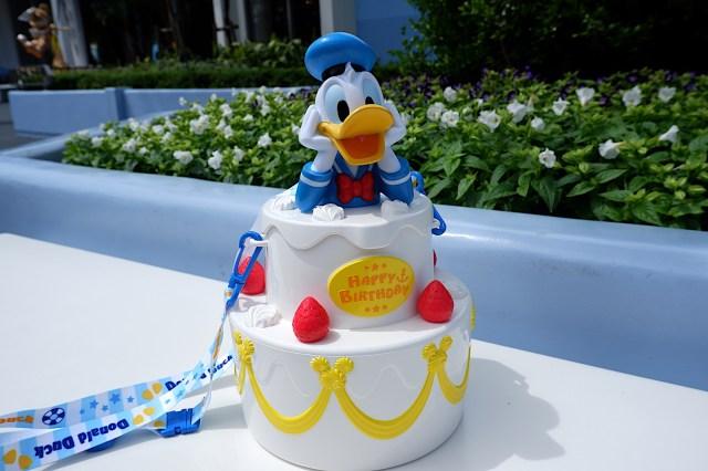 【注目】ドナルドの誕生日を全力でお祝いできるバースデーグッズが悶絶級の豪華さ! スーベニアは死角なしの可愛さです