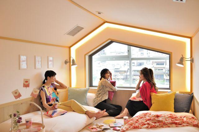 3人で京都女子旅するなら「CAFETEL 京都三条 for Ladies」が最高の予感!女性限定で美容家電が使い放題なのです
