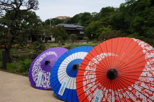 暑すぎるから…「和傘」の無料レンタル始めます! 都内3カ所の日本庭園が日傘の代わりに和傘貸してくれるってよ