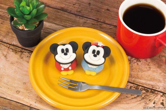 【セブンイレブン】ミッキーとミニーが和菓子になって登場!スクリーンデビュー90周年記念のレトロなスタイルでおめかししてるよ