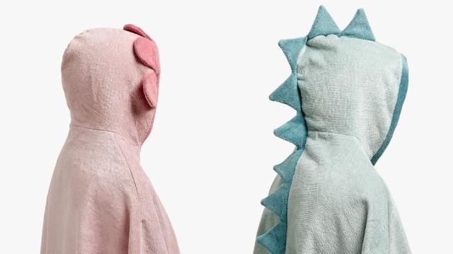 お風呂上がりは恐竜になっちゃおう☆ ザラホームのキッズ用タオルポンチョ、シンプルなのに羽織るだけで可愛い!