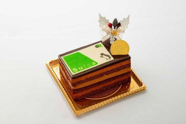 【三度見】Suicaがケーキにトッピングされた! …みたいなクリスマスケーキが販売されるよ