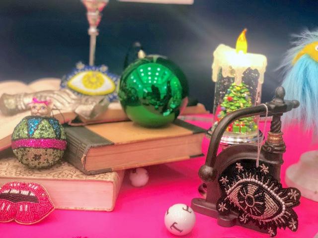 【画像多数】フランフランのクリスマスアイテムが毒のある可愛さでしびれる♡ カラフルなドクロに目玉モチーフなど独特の世界観です