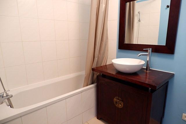 【気になる】結婚してもお風呂はいっしょに入る? 入らない? 夫婦のバスタイム事情調査がなかなか興味深い結果になっています