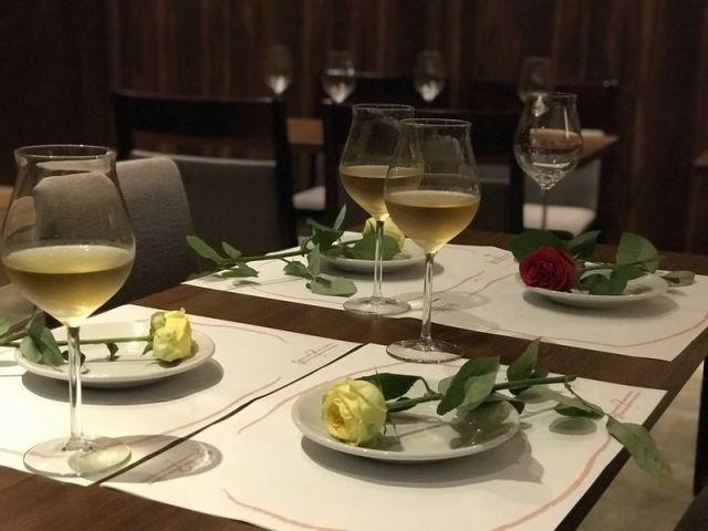 ディナーを楽しみながら謎解きできる!? 「謎解きレストラン」を川崎で開催! お客さんの行動によって結末も変わるそうです