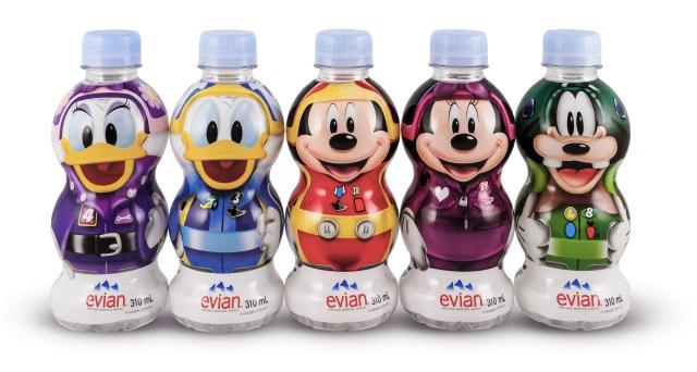 エビアンのディズニーデザインボトルがかわいい☆ 持ち歩きたくなるサイズ感で子ども用の水分補給にも使えます