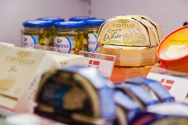 チーズ好き集まれ〜! 世界中のチーズが試食できる「チーズフェスタ2018」が恵比寿で開催されるよ! 11月11日は #チーズの日