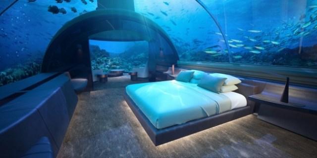 【ゴージャスすぎ】美しい海の中でのステイはいかが? モルディブに世界初の「海中ヴィラ」がオープン