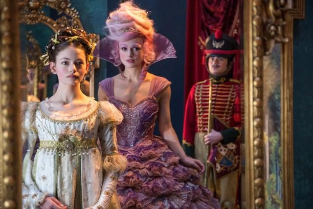 話題作『くるみ割り人形と秘密の王国』はキラキラな映像美で勝負する、飛び出す絵本のようなディズニー映画です!